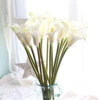 """Dekoratif Çiçekler Çelenk 20 adet / grup 26.4 """"Gerçek Dokunmatik PU Calla Lily Yapay Düğün Buketi Büyük Boy Lilyum Sahte Dekorasyon"""