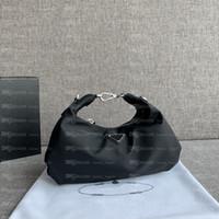 2020 Bolsos para mujer de alta calidad Crossbody Moneders Lady Handbag Tote Vintage 2005 Nylon Designer Hombro Nubes Bolsos HOBO Moda Bolso