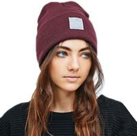 19 Farben Wintermützen mit Logo Wolle Hüte Männer Frauen Mode Gestrickte Hut Klassischer Sport Schädelkappen Weibliche Lässige Outdoor Unisex-Mützen