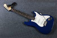 Envío gratis 21 Mascotas 6 cuerdas Guitarra eléctrica Madera maciza Paulownia Cuerpo Cuerpo Cuello de arce de la guitarra necesaria Accesorios de accesorios eléctricos