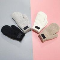 Мода мужские женские бренд дизайнерские перчатки для зимних осенних варежки теплые кашемировые перчатки открытый спорт теплые зимние перчатки DWE3263