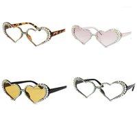 Vintage Herzform Rahmen Sonnenbrille Frauen Mode Luxus Strass Dekoration Katze Augen Sun Brillen1