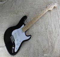 Top Qualität St E-E-Gitarre Neue Ankunft Eric Clapton Signature Blackie St / Strat / Stratocaster E-Gitarre