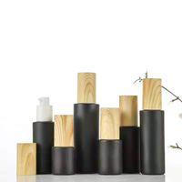 Bouteilles de pompe de verre vides rechargeables noirs en verre givré lotion d'huile essentielle bouteille de pulvérisation avec capuchon en plastique de bois 20 ml - 80 ml 64 g2