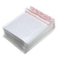 Beyaz Taşıma Ambalaj Köpük Zarf Torbası Farklı Teknik Özellikler Mailers Kabarcık Posta Çantaları ile Yastıklı Zarflar