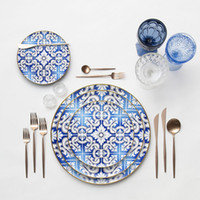 Западные керамические свадебные блюда Современная кость Китай Ужин Тарелка Золотая обода Столовая посуда Устанавливает легкий чистый