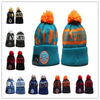 Новые баскетбольные шапочки милая зимняя шапка фаната вязаные шариковые шариковые бусины рука Gorros капот теплый футбол череп