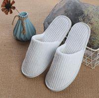 Zapatillas desechables Coral Fleece Antideslizante Inicio Zapatos de invitados Espesar Travel Hotel White Supply Soft Delicado Desechables Zy13