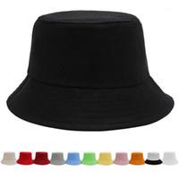 Chapeau de godets solide blanc noir de luxe Bob Bob Casquettes Hip Hop Gorros Hommes Femmes Summer Panama Cap Plage Sun Pêche Boonie Hat1