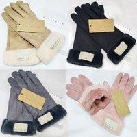 Fashion Winter Gloves Brand Designer Guantes Mujeres Hombres Invierno Warm Warm Gloves de lujo Muy buena calidad Cubiertas Cubiertas Cubiertas AHE3266