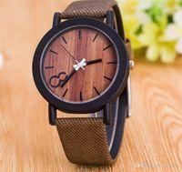 Новые моды, смоделированные деревянные зерна часы Унисекс высококачественные кожаные часы для мужчин и женщин наручные часы