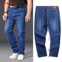 Plus Taille 42 44 46 48 50 Men's Casual Jeans décontractés Classic Mid-Taille droite Bleu Elélasticité Graisse Mâle Denim Pantalons De Marque Pants1