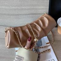 Luxus Handtaschen 2020 Frauen Kleine Leder-Schultertasche Falten Designer-bekannte Kette Crossbody Cylinder Runde Eimer Geldbörsen