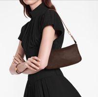 Luxurys Designers Sacs Tote 2021 New Cleo Sac à bandoulière Sac à bandoulière sac à main sacs à main Portefeuille Femmes Bandbody Sac Sac à dos Sac à dos