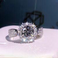 중공 꽃 소나 다이아몬드 반지 925 스털링 실버 약혼 웨딩 밴드 링 여성을위한 신부 파티 Moissanite 쥬얼리 Y1124