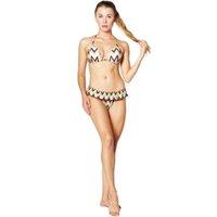 DROZENO Sıcak Satış Kapalı Omuz Baskı Ruffled Bikini Mujer 2018 Yeni Seksi Mayo Kadınlar Mayo Brezilyalı Bikini Set Thong Bi T200509