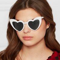 Aşk Kalp Güneş Kadınlar Büyük Çerçeve Gözlük Sunglass Moda Sevimli Seksi Bayanlar Retro Kedi Göz Vintage Güneş Gözlükleri Metal Menteşe UV400
