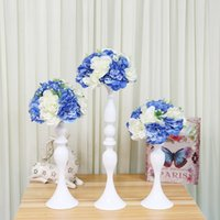 Porte-bougie métallique Fleurs Vase / Stand Chandelier 50cm Bougeoir blanc Bougeoir Vase Vase Candelabra Mariage / Table Centerpieces 03 Y200109