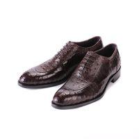 Zapatos de cuero para hombres Cuero de vaca Suela de moda Cuero en relieve en relieve Ropa formal para hombres Zapatos de cuero Chaussure Homme