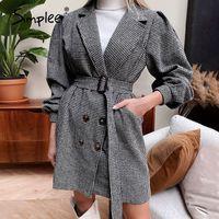 robe col cranté de femmes en gros manteau noir à carreaux avec manches feuilletée et ceinture élégante printemps automne look décontracté classique hiver