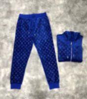 Diseñadores para hombre Tracksuits Francés Otoño Invierno Moda Velvet Letra Tacksuit Hombre Diseñador Estándares de Alta Calidad Impresionante Cremallera Azul