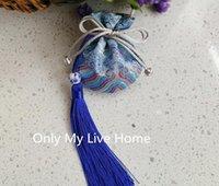 Mignon Tassel Mini Tissu Crasse-cadeau Sac de cadeau De Mariage Favoris Sacs pour Bijoux Pochettes Sac à cordon imprimé en soie chinoise 2PCS / LOT1