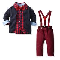 Boys Noel kıyafetler çocuklar Bow Tie Ekose uzun kollu gömlek + Örme hırka + şarap pantolon 3adet çocukları askı beyefendi setleri kırmızı A5126