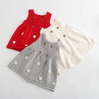 Baby Girl Hiver Robe en tricot d'hiver Princesse Kid Jolie nouvelle robe sans manches Automne longue gilet de gilet avec bouton de fleurs