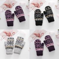 Femmes mitaines gant tricoté automne hiver dame à l'extérieur