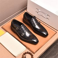 19FW Snake In Pelle Pointed Men Formal Business Bring-Brogue Shoes Luxury Men's Dress Shoes Maschi Maschi Casual Pelle Pelle Matrimonio Mocassini Lisy1