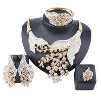 Donne da sposa nuziale da sposa damigella d'onore strass cristallo di cristallo collana pendenti orecchini braccialetto anello in costume partito set gioielli