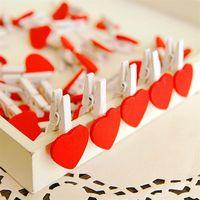 Obiekty dekoracyjne Figurki Mini Heart Miłość Kształt Czerwony Coloful Drewniane Odzież Drewniane Papier Pin Pin Clotespin Craft Pocztówki Klipy Home Weddin