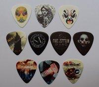 10 adet 0.71mm Yeni Popüler Rock Grubu ve Pekin Opera Yüz Maskeleri Gitar Seçtikleri Müzikal Plectrums