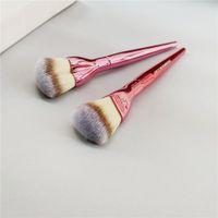 Mini-love est la fondation maquillage brosse rose coeur en forme de crème de crème de crème de crème à la crème de crème d'air de la brousse de beauté cosmétique