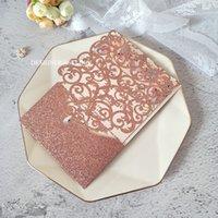 Invitaciones de la fiesta de la boda de la flor de la flor del láser del brillo del brillo rosado con diamante DIY aniversario invita a las tarjetas de quinceañera personalizadas