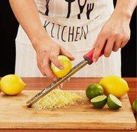 Рука плоскость ножа цитрусовые лимона Zester сыр терка красочные бритвы острые бурш из нержавеющей стали лезвие защитная крышка посудомоечная машина безопасная WMQ215