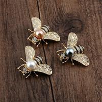 Spille di perle di cristallo trasparente per perle per le donne Unisex Insect Brooch Pins Carino Small Badges Moda Vestito Abito Moda Accessori Accessori Gioielli