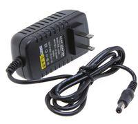 DC 12V 2A Adaptador de fuente de alimentación del cargador de pared para el enrutador inalámbrico del módem LED luces de tira de la cámara IP Cámara de TV Convertidor de buena calidad