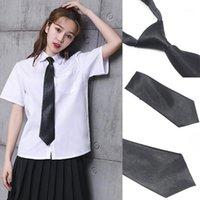 Японские однородные галстуки мужчины и женщины новая мода мужчина женщина взрослый галстук подарочная галстука плед кампус стиль школа black1
