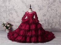Increíbles chicas de múltiples capas Pageants vestidos de cordón rojo oscuro Mangas largas Apliques Beads Flor Girl Vestidos para la boda Vestido de fiesta de tren largo