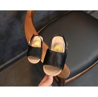 Girls Princess Shoes Sandals 2021 New Baby New Baby Soft Soft Shoits Niños Playa Plaid Impresión Niños Zapatos