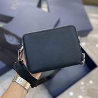 2020 Último Bolsa de cámara de doble cremallera Hombres y mujeres Misma Moda One Hombro Crossbody Bag Classic Presbackopia Mini Bolso
