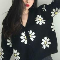 Malhas das mulheres T-shirt Oneimirry Margarida Preta Curta Sweater Mulher Outono Malha Cardigans Button Flor Manga Longa V Pescoço Tops 90s Corean Womens