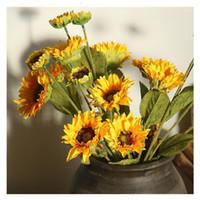 三頭人工ひまわりシミュレーション太陽の花の部屋パーティーの装飾花1