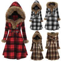 Heißer Verkauf Herbst Winter Beliebte Kapuzenpelzlegierung Button Slim Plaid Langarm Europäische und amerikanische Frauen Woll mittelschwerer Mantel