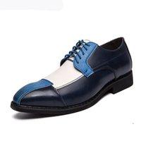 Mode Frühling Herbst Männer Brogue Bullock Männer Kleid Schuhe Mann Hochzeit Schuhe Lace-Up Mischte Farbe Weiß / Blau Bräutigam Schuhe