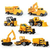 8 pcs / set mini liga de engenharia de liga tractor de carro brinquedo caminhão clássico modelo modelo educativo para meninos crianças z1202