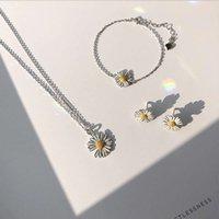 Lism 925 فضة الكورية عباد الشمس القليل ديزي مجموعات مجوهرات للنساء أقراط + قلادة + سوار بيان المجوهرات
