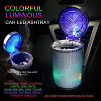 Автомобиль пепельница со светодиодной светлой сигаретой пепельница контейнер пепельница газа бутылка дымовой чашка держатель для хранения чашки светящиеся пепельницы автомобильные принадлежности