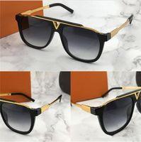 2021 الساخن أحدث بيع شعبية الرجال النساء مصمم النظارات الشمسية لوحة مربع مزيج معدني إطار أعلى جودة مكافحة uv400 عدسة مع مربع